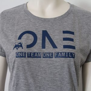 Damenshirt mit One Team one Family Aufdruck in Dunkelblau-Grau - Vorderseite | Tennis-University